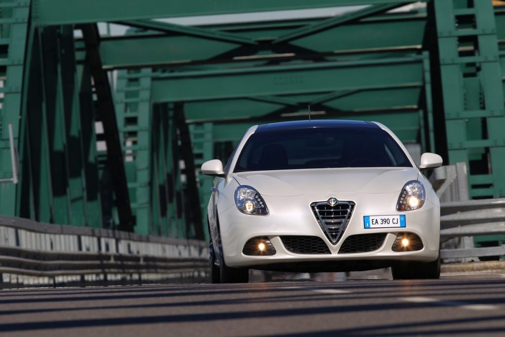 Alfa_Romeo_Giulietta_4